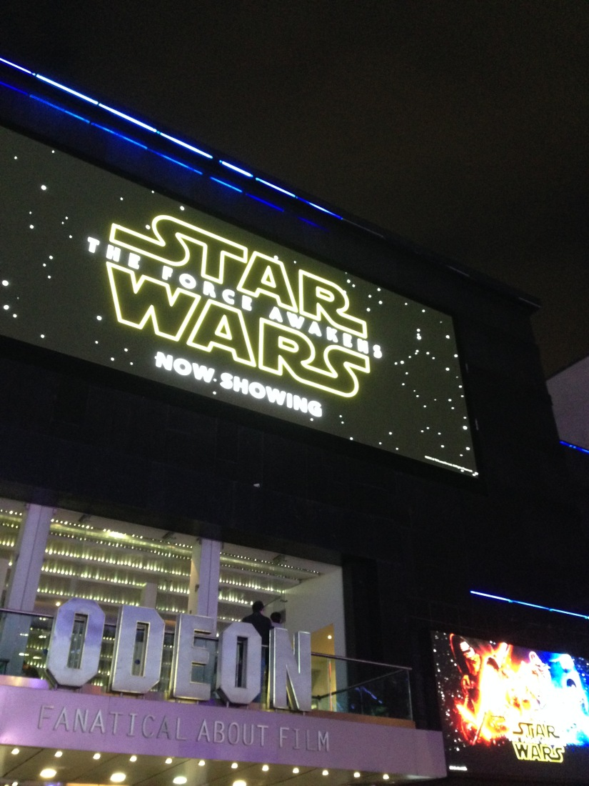 Because what the world really needs is another blog on Star Wars… My thoughts on The Force Awakens (MASSIVESPOILERS!)