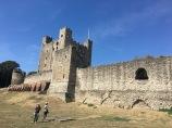 Rochester castle big. Kids, small.