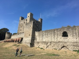 Rochester castle big. Kids, small.